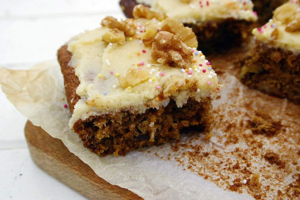 Mary Berry American Spiced Carrot Cake