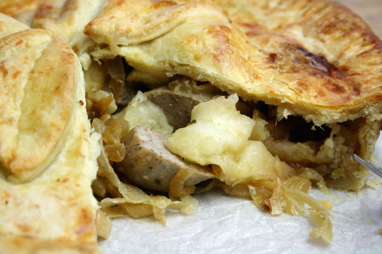 Bramley apple and sausage pie belleau kitchen for Perfect kitchen bramley