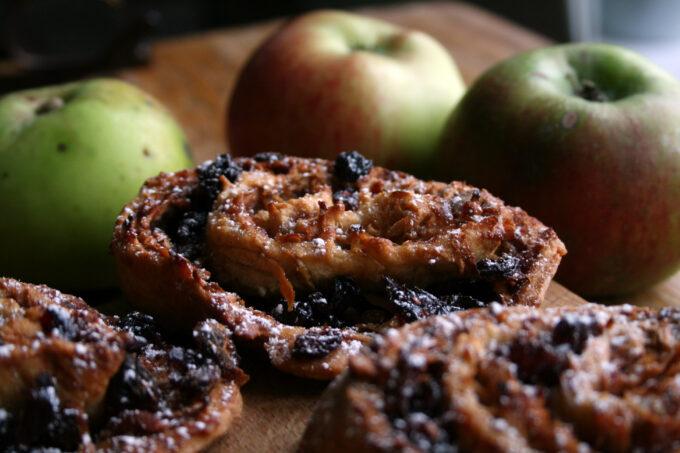apple strudel biscuits